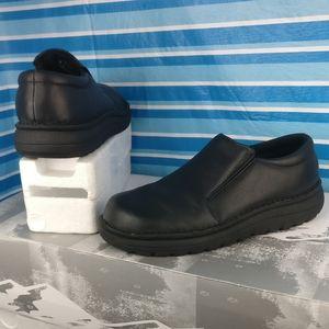 Genuine 💯%Leather Wide width slip-on shoe 10m/11w